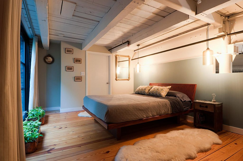 wood-floor-bedroom