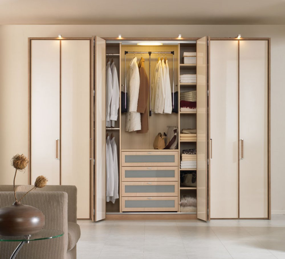 Bedroom-Closets-Pictures-5